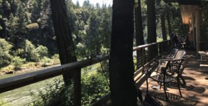 Lodging on the Rogue River