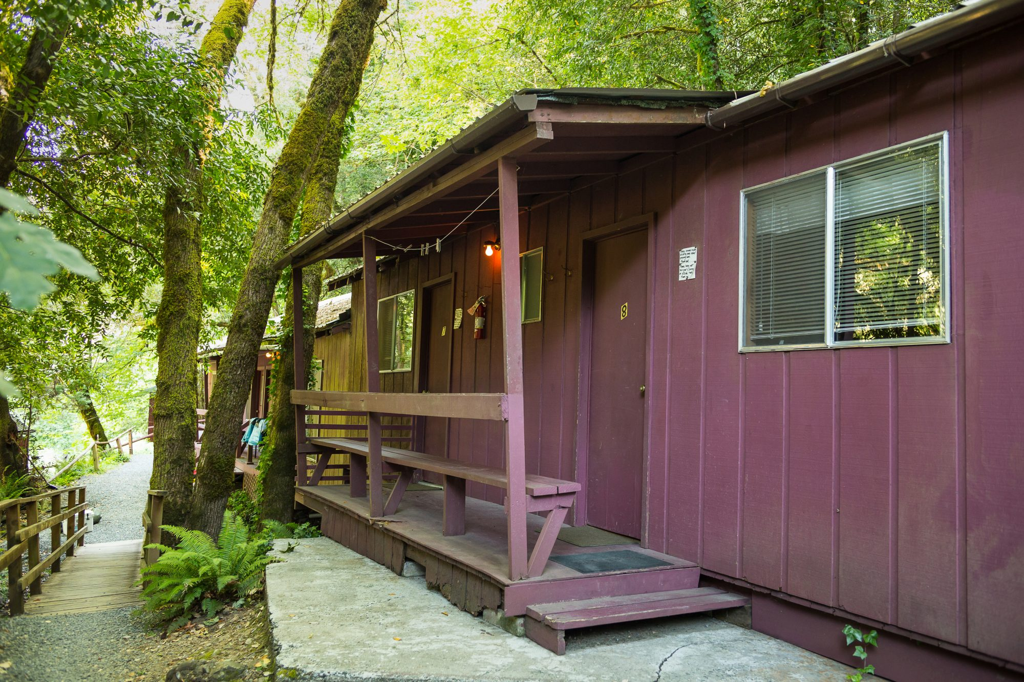 Cabins at Marial Lodge on the Wild & Scenic Rogue River