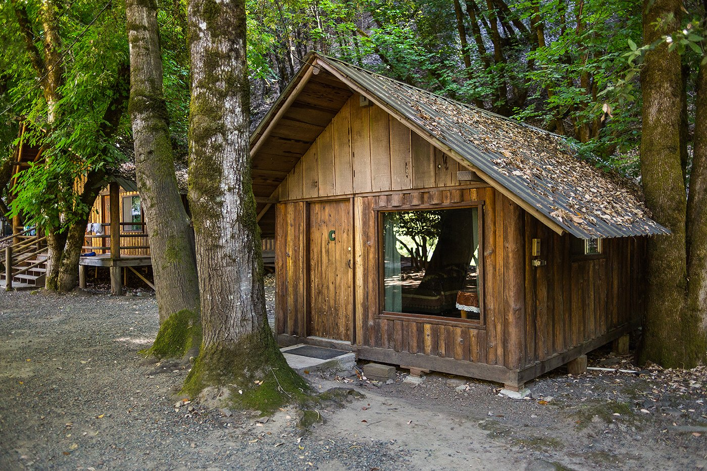 Cabins at Black Bar Lodge on the Wild & Scenic Rogue River