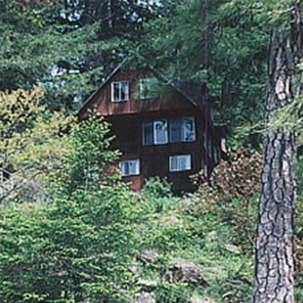 Clay Hill Lodge on the Wild & Scenic Rogue River